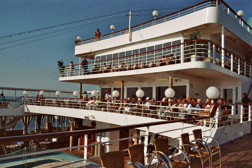 Schiffsdeck MS Albatros Fahrt nach Helgoland