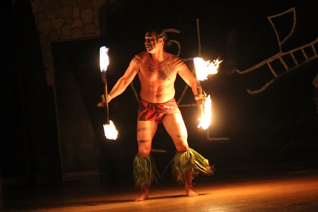 Feuertänzer Hawaii
