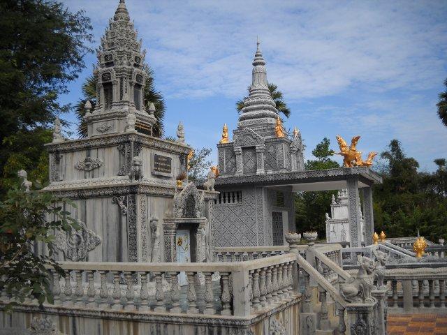 Kampong tralach tempel ochsenkarrentour
