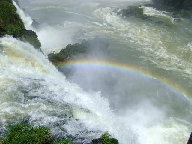 Regenbogen über den Iguazu
