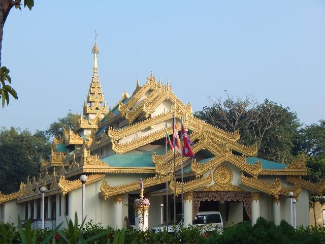 Thailändischer Tempel im Friedenspark, Lumbini Nepal.
