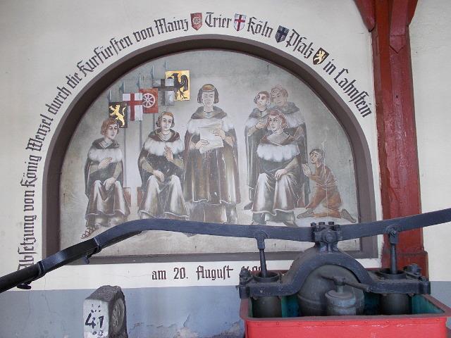 Mittelalterliche Zeichnung der Absetzung König Wenzels von Böhmen durch die Kurfürsten.