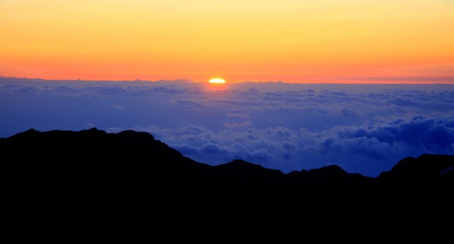 Sonnenaufgang am Haleakala, Maui, Hawaii