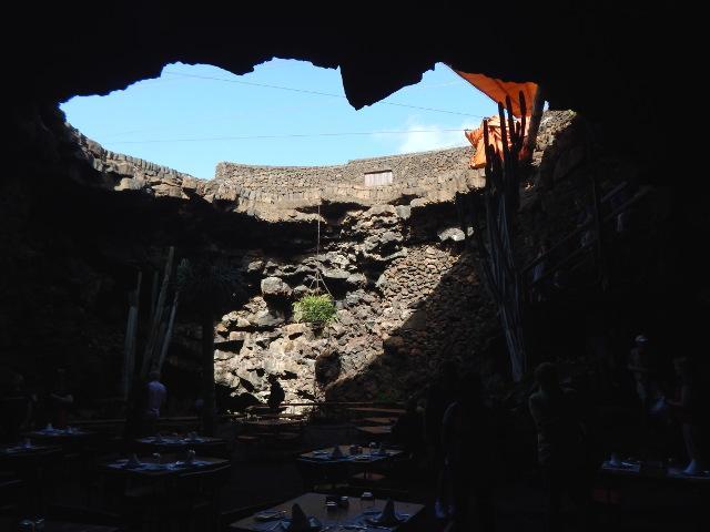 Das Höhlenrestaurant der Jameos del Aqua auf Lanzarote.
