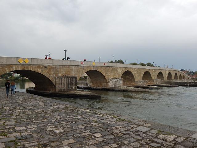 Regensburg Sehenswürdigkeiten, die Steinerne Brücke