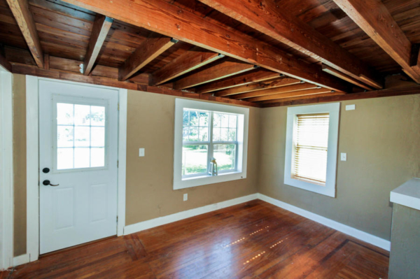 staging an awkward home with low ceilings (2)