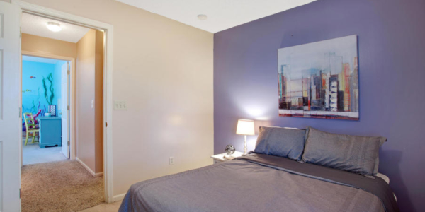 Staging colorful rooms with Rave in Jacksonville (6)