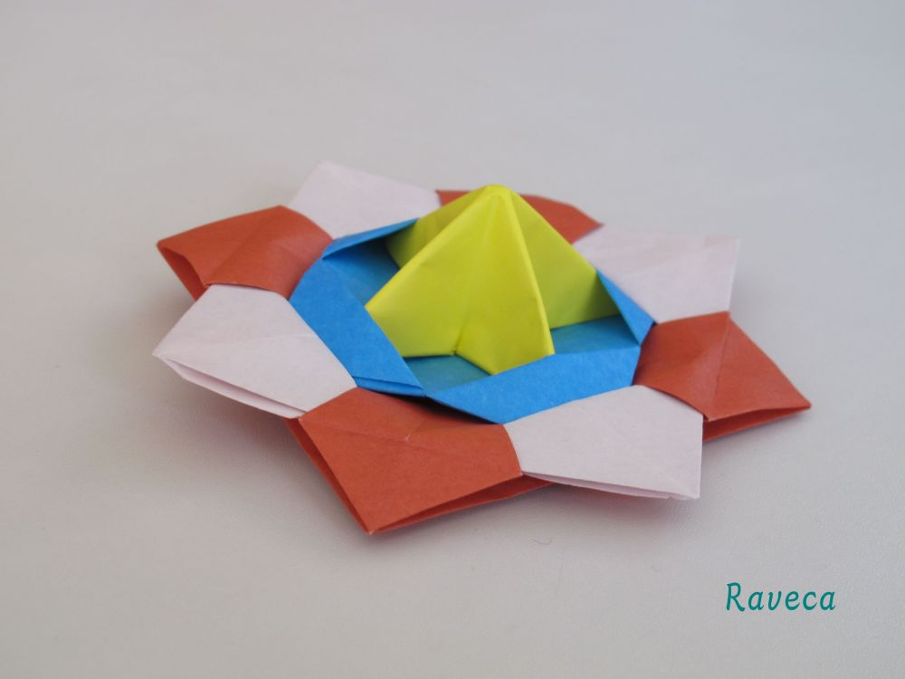 Origami - Spinning top / Titirez (video) (3/3)