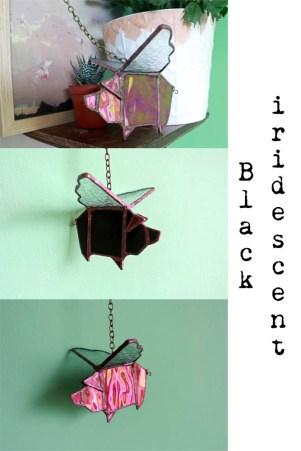 (Sold: Texas, USA) Geometric Flying pig (iri Black)