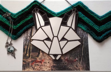(black) (Sold: Utah, USA) Geometric Fox mirror
