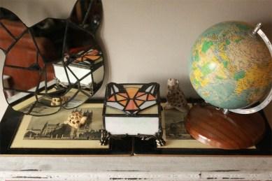 (Sold: Pennsylvania, USA) Geometric Fox Box