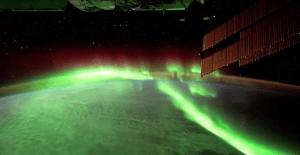 Aurora from Earth to Space 极光-从地球到太空