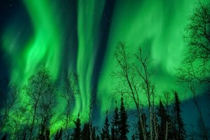 How to View the Northern Lights in Comfort