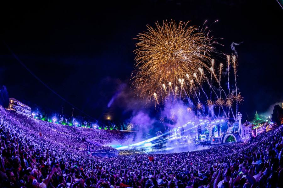 https://www.facebook.com/tomorrowland