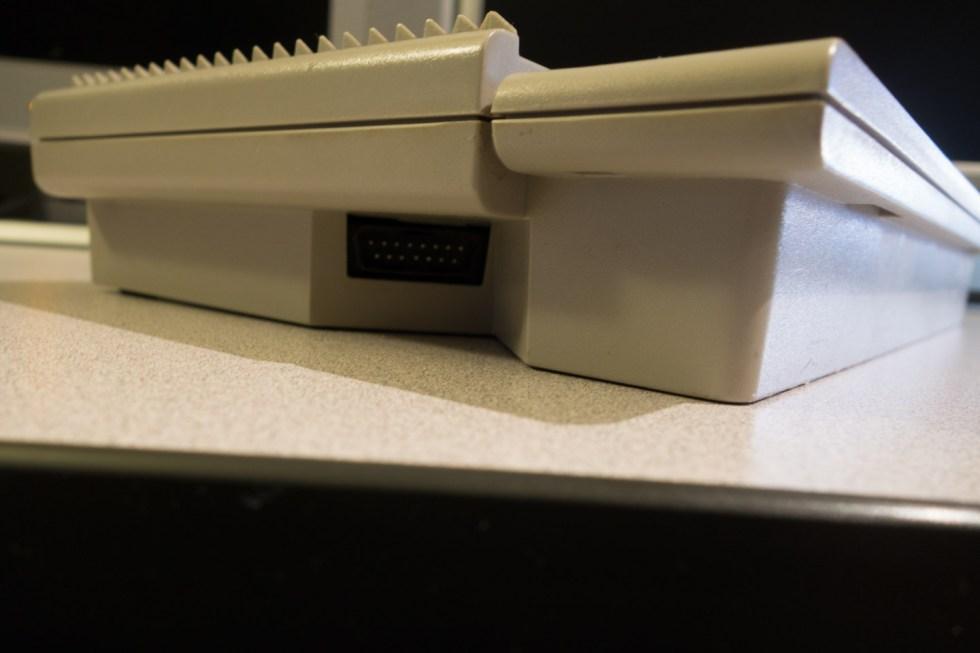 Atari-XE-Game-System-XEGS-01276-11