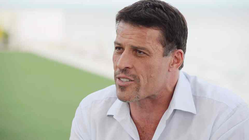tony robbins career advice