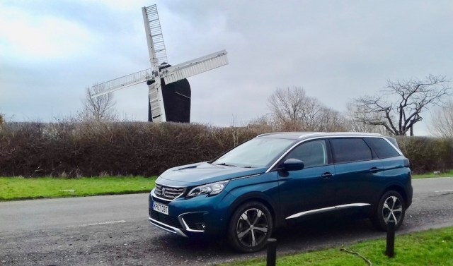 CAR REVIEW | Peugeot 5008 Allure PureTech 130