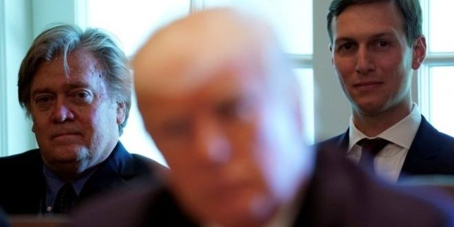 Trump adviser Steve Bannon dubs white nationalists 'clowns'