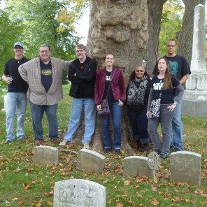 Graveyard chillin'