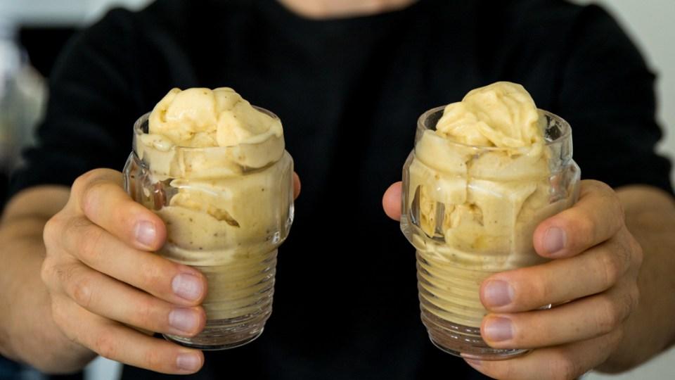 Банановое мороженое с имбирем