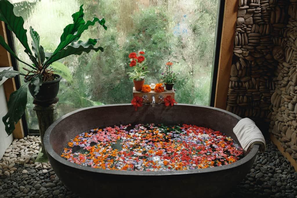 bali ubud spa, flower bath