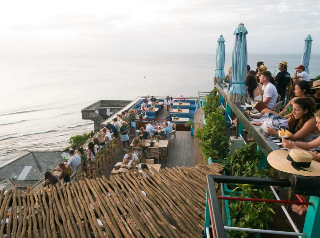 single fin beach club uluwatu