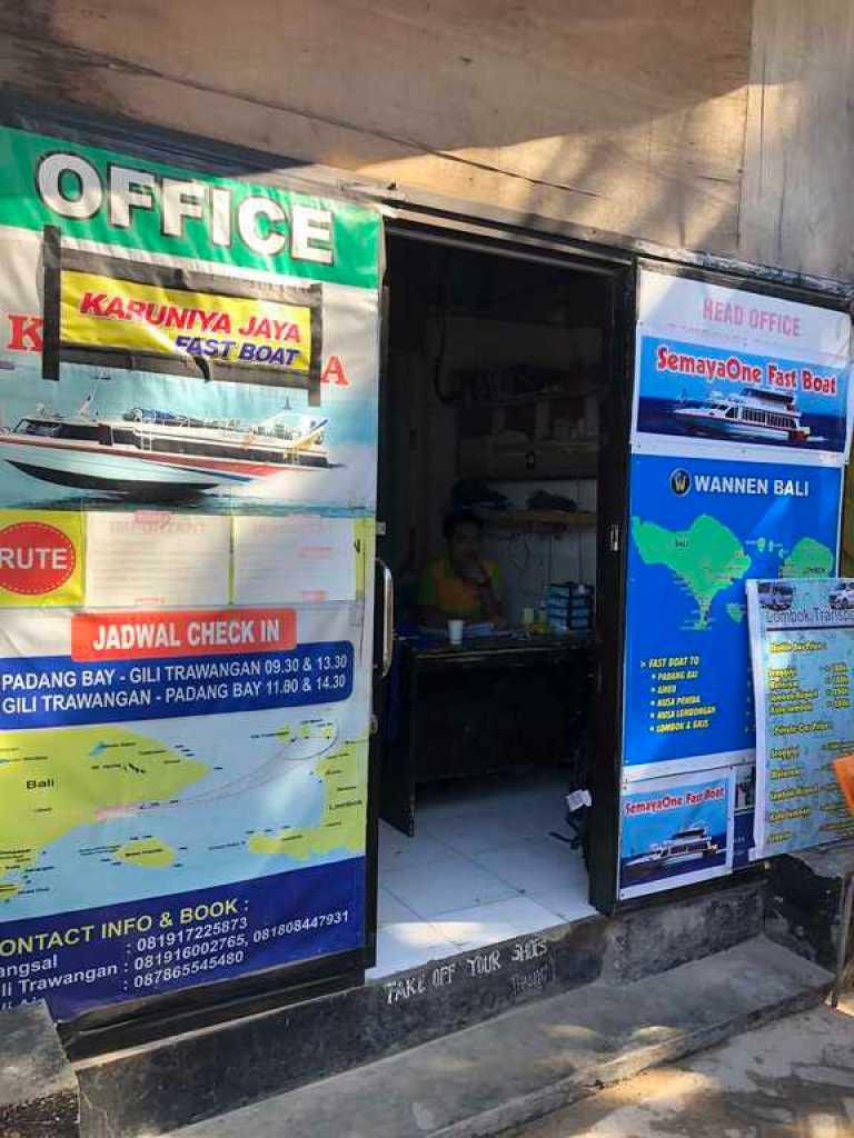 Tourist Ticket Office, Gili T