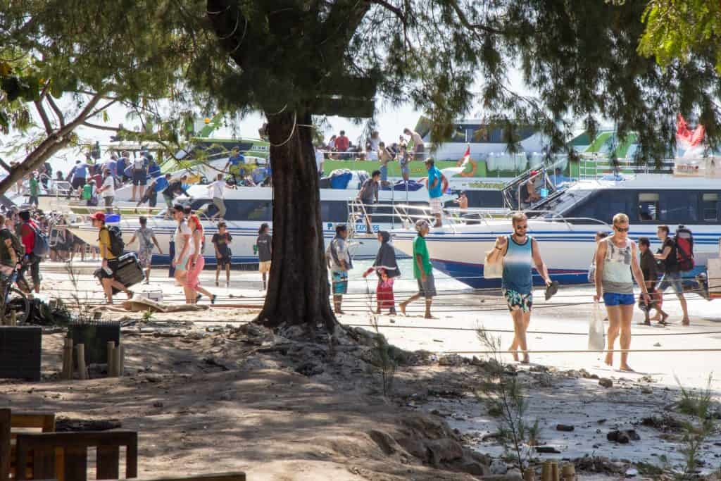 Passengers  getting of the boats at Gili T