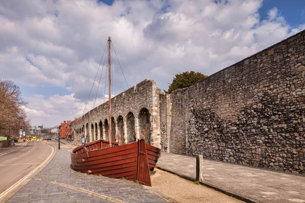 historic walls, Southampton