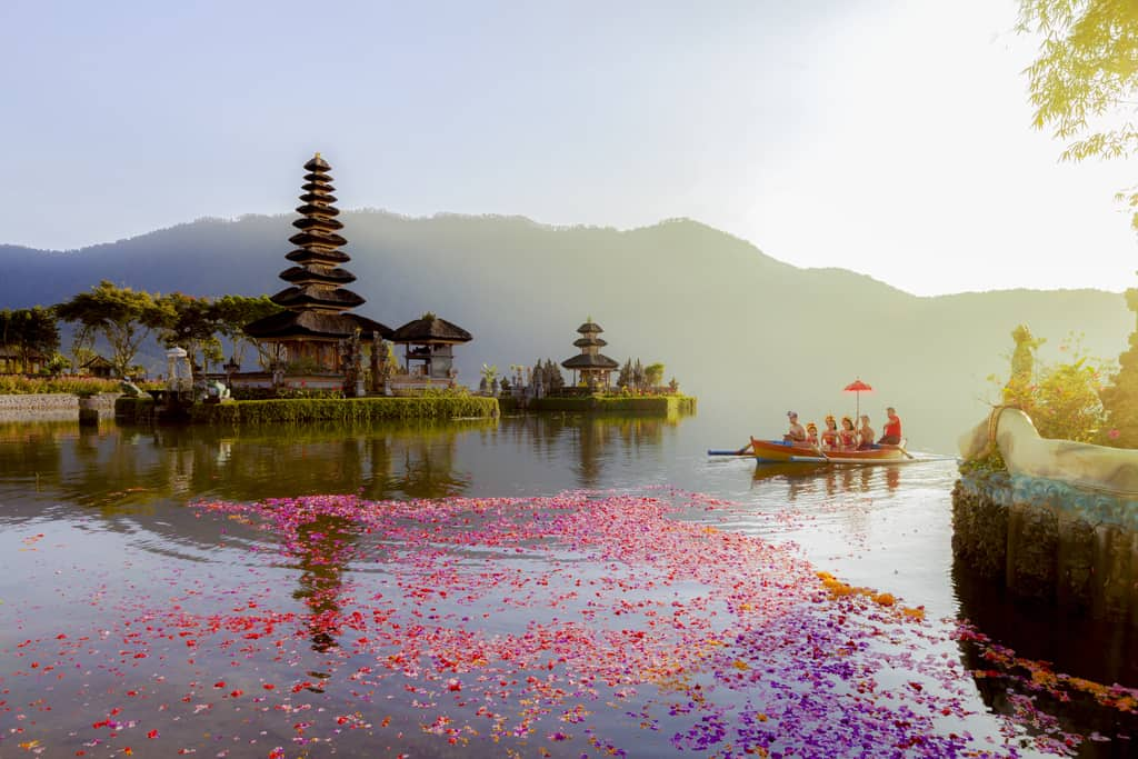 best areas and hotels in bali indonesia