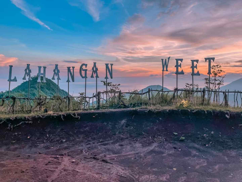 Sunrise at Lahangan Sweet