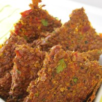 Day 319 - Sun-Dried Tomato Flaxseed Crackers