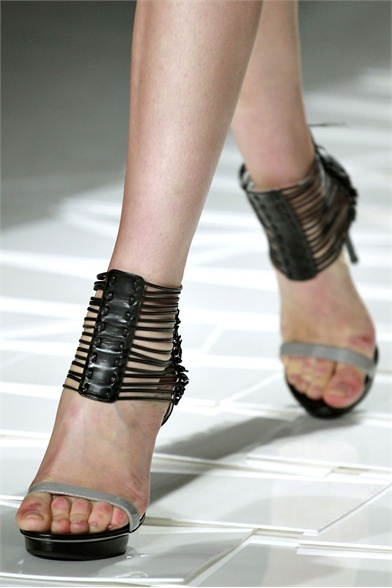 Jason Wu Spring 2012 Fashion Show