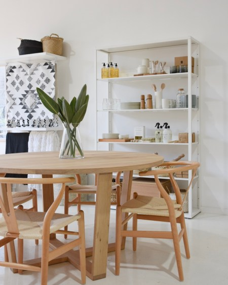round dining table sunshine coast