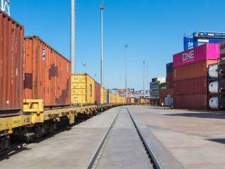 การขนส่งทางรถไฟในอเมริกาเหนือเพิ่มขึ้น