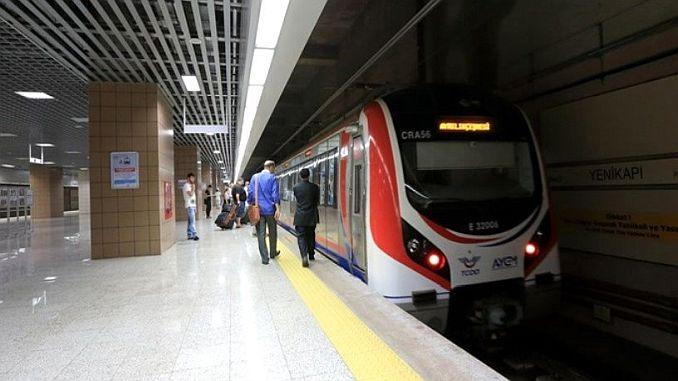 Megáll-e a Boszporusz és az Ankara Expressz a Pamukova vasútállomáson?