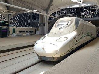 mecca madina fast train