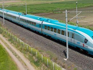 Chpli Kilic pidió proyectos de transporte en Izmir.