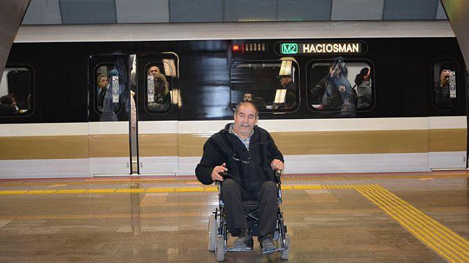 Броят на интелигентните станции за зареждане на столове ще се увеличи в метрото, а метрото спира 2