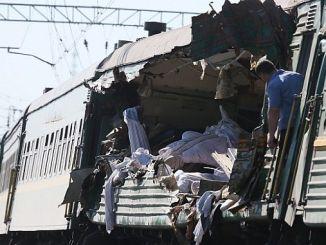 rusyanin krasnodar bolgesi demiryolu gecidinde tren kazasi