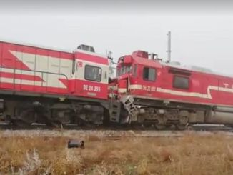 oštećen putnički vlak sa putničkim vozom 10 povređen