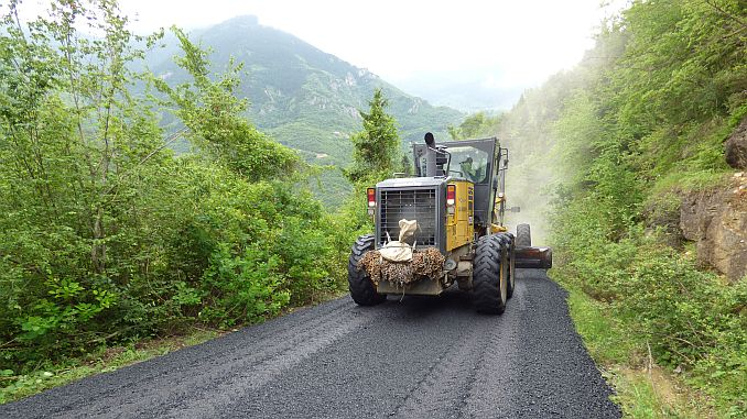 trabzon buyuksehirden asfalt rekoru