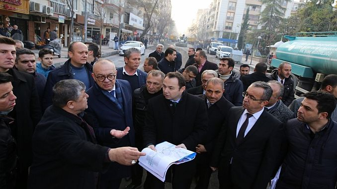 chairman ergun examines the work done for cevreci bus