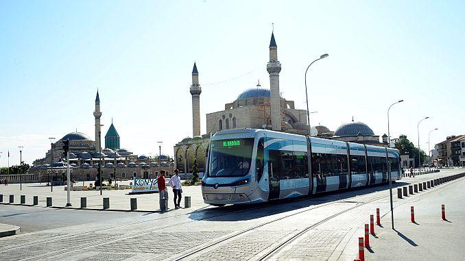 cancelloushide tramcourse cancel h195518 8f3ab 1