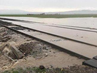 imo uyardi asiri yagislar demiryolunda dolgulari bosaltti