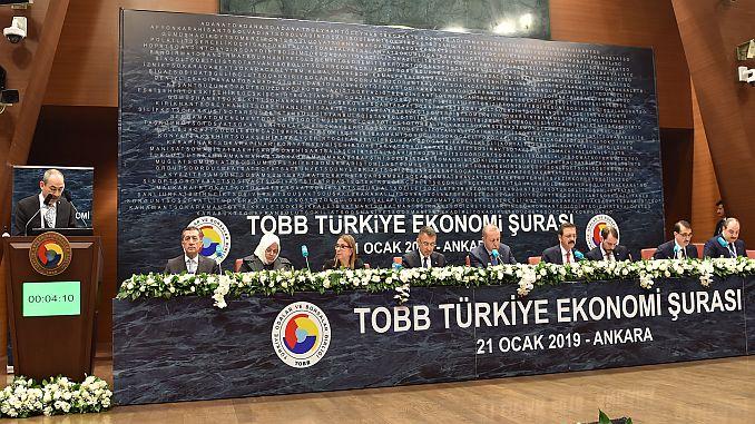 президент KTO сказал, что экономика требует индейка Gulsoy Suraya