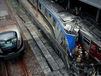 brazilian two suburban trains bumpers