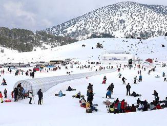 ski turistik detar ishte një yll me ngjyra të ndezura të turizmit të vogël