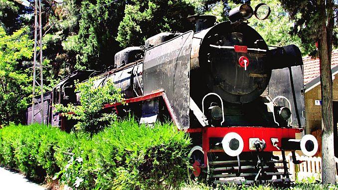 El 'tren negro' expuesto en la estación de tren de Burdur