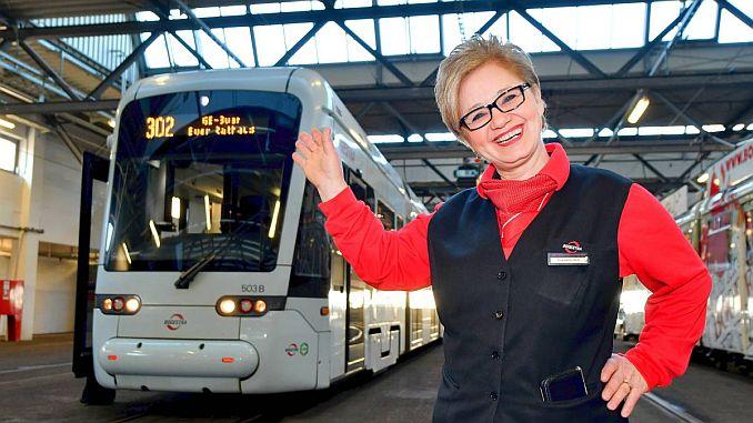 Первая гражданка Германии Ханифе Деричи Аяс вышла на пенсию